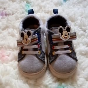 Mickey mouse shoes (toddler)